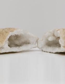 Calcite Geode 1,5KG (2 Metà )
